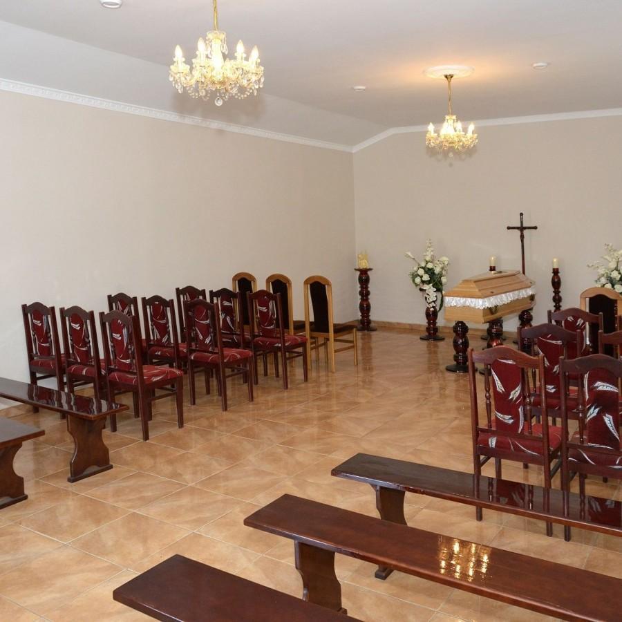 wnętrze kaplicy w Drobinie